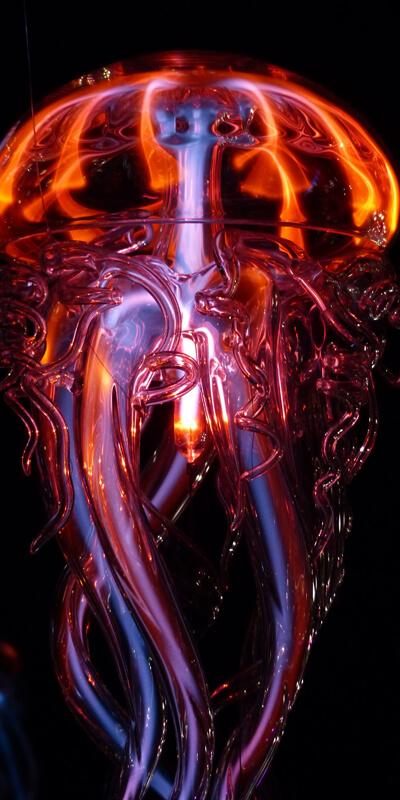 Illuminated mechanical jellyfish